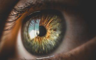 Catarata x Emocional: o que essa Alteração Pode Estar Escondendo?